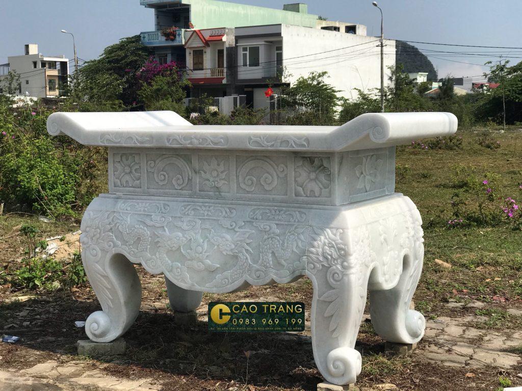 Bàn thờ đá (SP015)