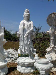 Tượng phật đá Non Nước của Cao Trang