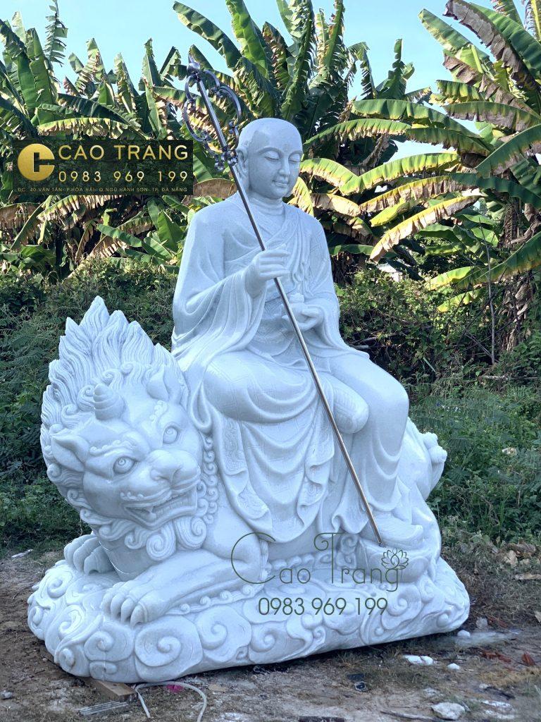 Tượng Địa Tạng Bồ Tát bằng đá