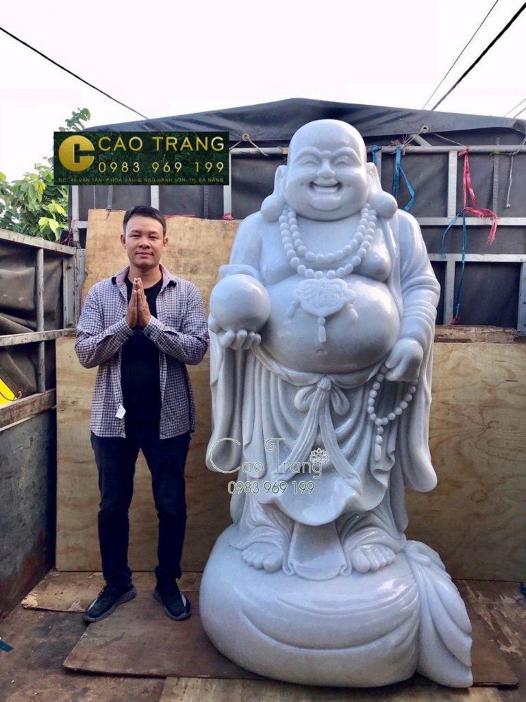 Tượng Phật Di Lặc Đứng Bằng Đá