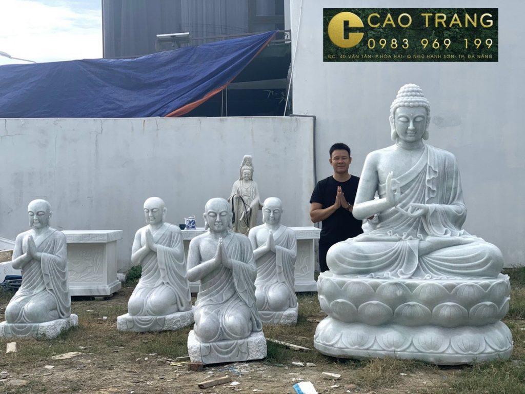 Tượng Phật Thích Ca Mâu Ni và 5 anh em Kiều Trần Như